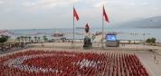 İskenderun'da Bin 923 Yürek Tek Bayrak Oldu!
